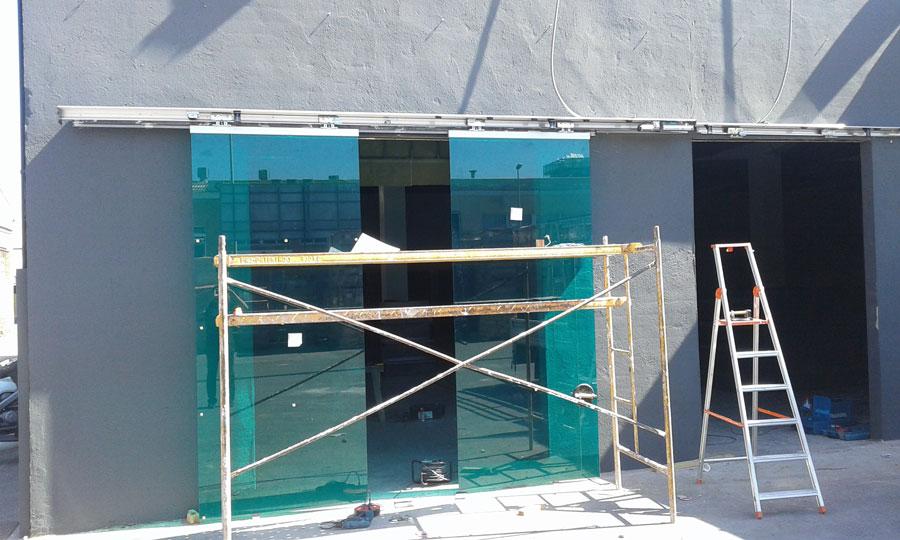 fachada-tienda-construccion